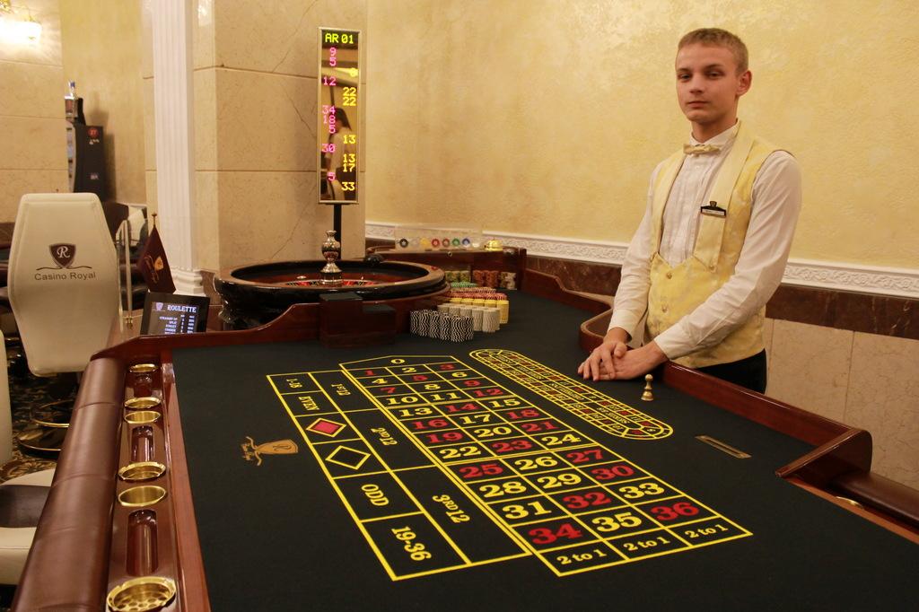 казино х крупье